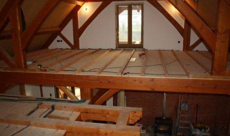 Installation de plancher en bois Matour