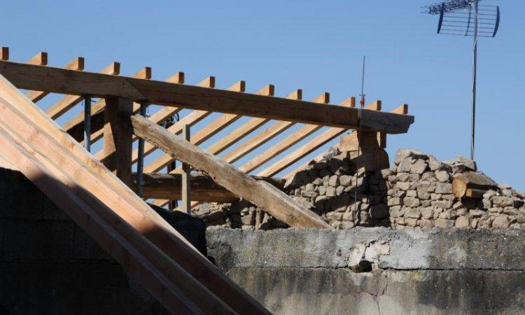 Restauration de toiture Matour