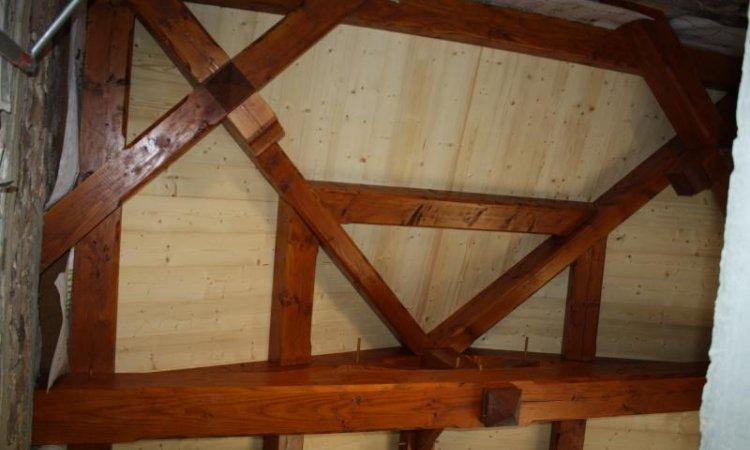 Pose de charpente en bois Matour